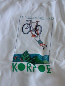 Trui Joost Swarte Korfoe De vliegende fiets-0