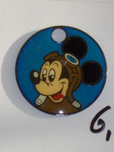 Sleutelring Disney 4 Mickey Mouse 2 als piloot-0